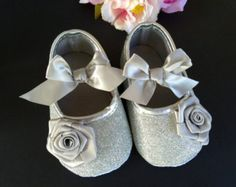 Baby Girl Lace Crib Shoes and headband by TheBabyBellaBoutique
