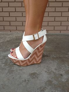 Women's Online Boutique Shopping - Footwear | Dainty Hooligan Boutique