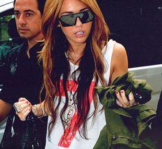 idc what anyone says. i love her styleee!