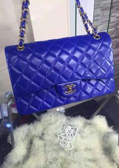 Chanel Jumbo Classic Flap Bag in Royal Blue Lambskin with golden hardware sale at USD 348.  Free International Shipping.  For Details http://www.luxtime.su/chanel-bags
