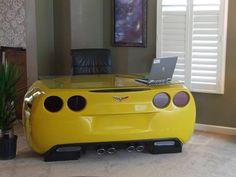 De Corvette... a escritorio.