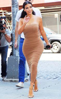 Kim Kardashian is a golden goddess in New York City!