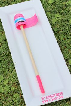 DIY Ribbon Wands plus a giveaway of Custom Tools from Arrow Fastener #arrowfastener