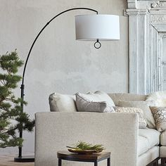 Get the mid-century style lighting designs in your home interior design project. Check how an arc floor lamp can favour your home design ideas that are going to blow your mind! Diy Floor Lamp, Decorative Floor Lamps, Arc Floor Lamps, Cool Floor Lamps, Contemporary Floor Lamps, Modern Floor Lamps, Corner Lamp, Studio Lamp, Arc Lamp