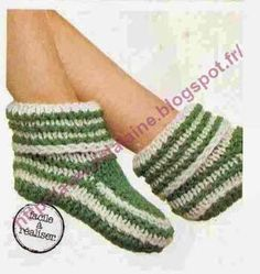 Isabelle Andréo Tricot: chausson facile Homemade Baby Blankets, Knitted Slippers, Baby Crafts, Crochet Projects, Knit Crochet, Couture, Quilts, Knitting, Isabelle