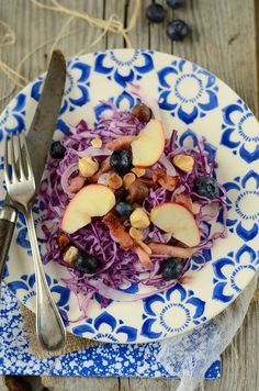 Salade de chou rouge, pomme et lardons - Recette facile et de saison