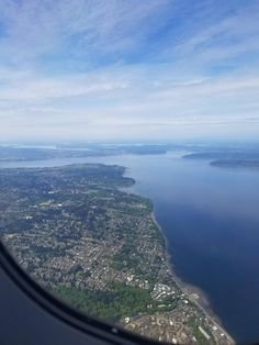 Seattle/Puget Sound Washington from an airplane. [1920x1080]