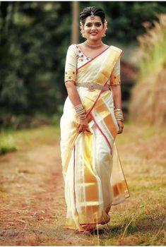 Pinterest@SnehaNair😎 Kerala Engagement Dress, Engagement Saree, Half Saree Designs, Blouse Designs Silk, Bridal Party Dresses, Party Wear Dresses, Kerala Saree, Indian Sarees, Beautiful Girl Indian