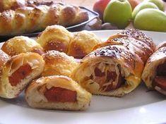 Fotorecept: Klobáskovník Hot Dog Buns, Doughnut, Baked Potato, Hamburger, Sushi, Ale, French Toast, Potatoes, Bread