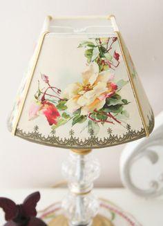 穏やかなムードをつくるランプ の画像|kino diary blog in Aoyama