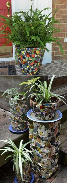 Simple and cute DIY mosaic ideas for your garden and yard If you want the exterior of your house to be more positive, colorful and enchanting especially in winter, when plants and flowers have alre… Mosaic Crafts, Mosaic Projects, Mosaic Ideas, Garden Crafts, Garden Projects, Diy Garden, Garden Ideas, Diy Crafts, Brick Flower Bed