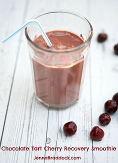 Looking for the BEST food your body after a workout? Try this Chocolate Tart Cherry Recovery Smoothie loaded with everything your body needs to recover.