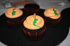 Black Velvet Pumpkin Cupcakes Tutorial
