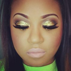 golden eyes...love this look