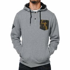 Add a must have new look to your wardrobe with the Dravus Regiment grey camo pocket pullover henley hoodie. Because the standard hoodie gets old sometimes the Regiment has a camo print chest pocket at the left chest, 2 button henley collar detailing, two side hidden hand pockets, Dravus leather brand tag at the right sleeve, adjustable drawstring hood, and a soft fleece lining because you love comfort. The Dravus Regiment grey camo pocket pullover henley hoodie is going to instantly change…
