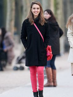 how to wear pink and black