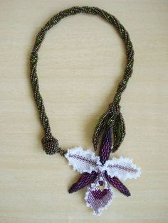 colar-orquidea