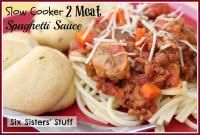 Slow Cooker 2 Meat Spaghetti Sauce from Six Sisters on MyRecipeMagic.com. Great way to sneak those veggies in! #slowcooker #spaghetti #2meat