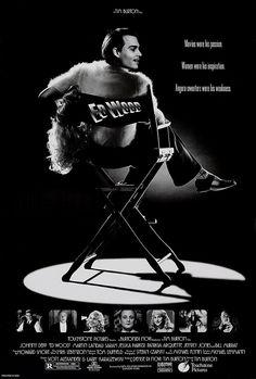 Ed Wood.  Año: 1994.  Director:  Tim Burton.  PREMIOS 1994: 2 Oscars: Mejor actor secundario (Martin Landau), maquillaje  1994: Globo de Oro: Mejor actor secundario (Martin Landau). 3 nominaciones  1995: 2 nominaciones BAFTA: Maquillaje, actor secundario (Martin Landau)  1994: 2 premios del Círculo de críticos de Nueva York: Mejor fotografía, actor secundario  1995: Festival de Cannes: Nominada a la Palma de Oro (mejor película)
