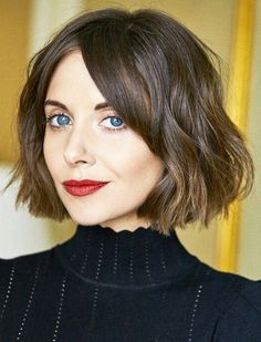 Alison Brie Messy Bob Haircuts Ideas 2018