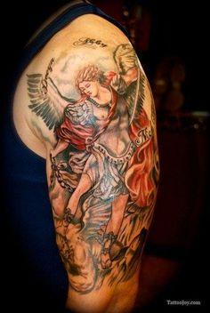 St Michael Tattoo Upper Arm - Shoulder Design, St Michael The Archangel Tattoo Miami Ink Tattoos, Car Tattoos, Body Art Tattoos, Sleeve Tattoos, St. Michael Tattoo, Archangel Michael Tattoo, Tattoo Foto, 1 Tattoo, Samoan Tattoo