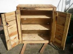 Upcycled Pallet Dresser Boxes & Chests