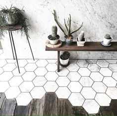 Because, hexagon marble and wood. Side note: We are seeing a huge marble takeover in new and amazing spaces all over Bangkok. Honeycomb Tile, Hexagon Tiles, Hex Tile, Marble Tiles, Tiling, Hexagon Tile Bathroom, Honeycomb Shape, Wood Tiles, Marble Wood