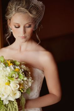 Chic birdcage veil for your New York City Wedding