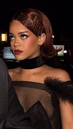 Rihanna inspired hair pins. Bobby pin | screenshots ...