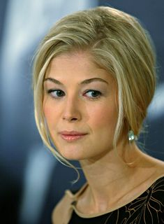 rosamund pike - Google Search