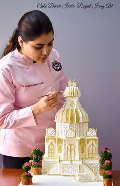 Petite Palace in Royal icing
