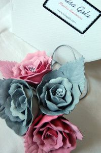 Llavero gris y rosa Luisa Gala