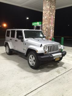 Car brand auctioned:Jeep Wrangler Unlimited Sahara 2012 Car model jeep wrangler unlimited sahara
