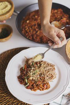 Cocoon_Cooks_Mushroom_Walnut_Bolognese_11