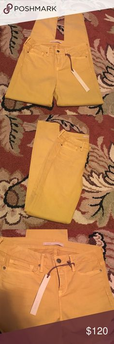Vince mustard yellow skinny jeans NWT!! Such a gorgeous mustard color skinny jean! Has some stretch! What a gorgeous color for fall! Ahh to die for! Make me an offer! Inseam-31 Inches Vince Pants Skinny