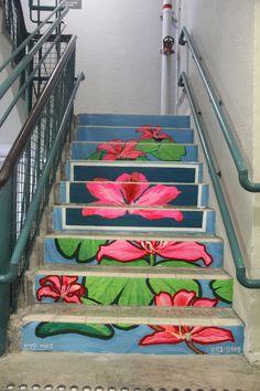 Bauhinia flower garden #LeeTaeHo #PMQ #PMQHK #AberdeenStreet #HollywoodRoad #StauntonStreet #SheungWan #Central #Design #Fashion #Historical #Culture #Heritage #Lifestyle #Shops #Local #Designers #Tourist #Spot #Travel #Travelling #HongKong #HK #HongKongonSteps #StreetArt #Steps #Stairs #Artist #Taiwan #France #SouthKorea #Japan #元創方 #香港 #旅遊 #景點 #DiscoverHongKong