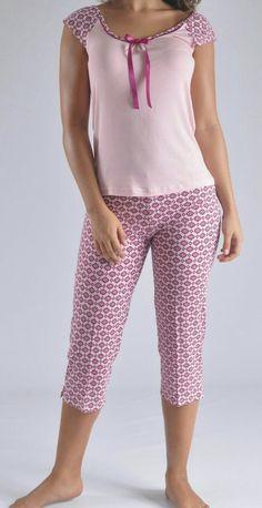 Lingerie Sleepwear, Nightwear, Sleep Dress, Pajamas Women, Capri Pants, Meme, Woman, Knitting, Pretty