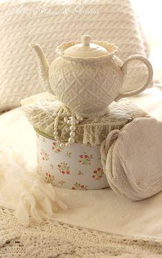 Aiken House & Gardens: beige/white teapot on hat box in bedroom Dresser La Table, Vanilla Cream, French Vanilla, Shades Of Beige, Cream And Sugar, Chocolate Pots, Winter White, Tea Time, Tea Party