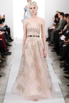 Oscar de la Renta | Fall 2014 Ready-to-Wear Collection | Style.com | Gorgeous dress! Love that metallic belt!