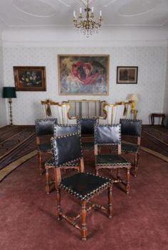 Starožitný komplet 6 židlí. Renesance Antique Furniture, Dining Chairs, Antiques, Home Decor, Antiquities, Antique, Decoration Home, Room Decor, Dining Chair