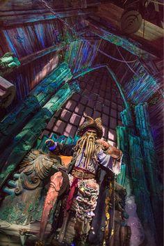 Top Things to See at Shanghai Disneyland - Pirates of the Caribbean Disney Cruise Line, Disney Parks, Disney Pixar, Orlando Disney, Shanghai Disney Resort, Disney Insider, Walt Disney Imagineering, Disney Theme, Disney Word