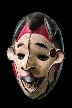 "Africa | Face mask ""okoroshi oma"" from the Igbo people of Nigeria | Wood"