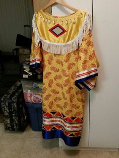 The day dress I made for Mom. I'll be altering it for myself.