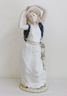 Porcelana Artistica Levantina Girl with Hat by FreeLiving on Etsy