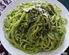 Aprende a preparar espagueti verde con chile poblano con esta rica y fácil receta.  El chile poblano es uno de los chiles más utilizados en la cocina mexicana para...
