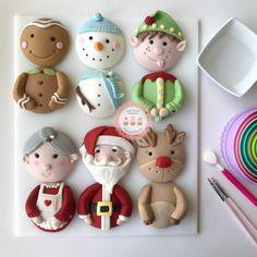 NEW Christmas Characters Class Fondant Christmas Cake, Christmas Cupcake Toppers, Christmas Cupcakes Decoration, Christmas Cake Pops, Christmas Topper, Fondant Cupcake Toppers, Christmas Desserts, Christmas Treats, Christmas Baking
