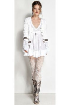 """Elisa Cavaletti Romantic V-neck short Kaftan Jewels Pagoda Lilac. Perfect for the Mori """"forest"""" girl style."""