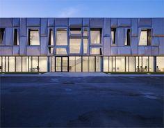 giorgia & johns spa offices + logistics center modostudio]