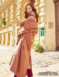 Park Min Young Takes Why Secretary Kim Character on a Berlin Fashion Stroll for Cosmopolitan Korea Park Min Young, Korean Actresses, Korean Actors, Korean Celebrities, Celebs, Young Magazine, Pretty Korean Girls, Berlin Fashion, Dramas