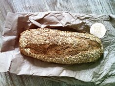 : pan at home with sesame seeds & oats.
